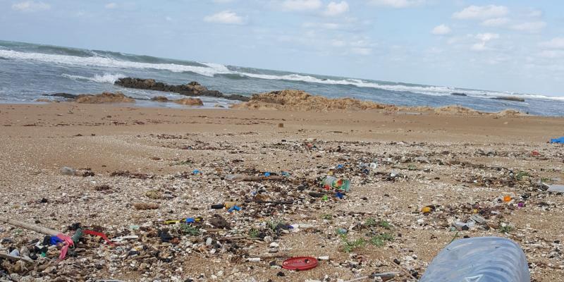 פלסטיק בים